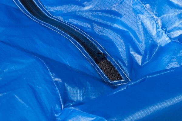 Waterproof deflation zipper